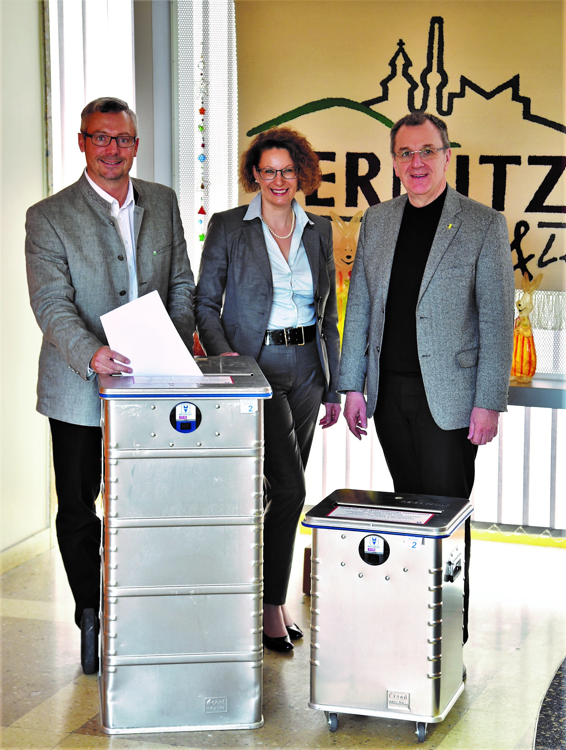 Ternitz bietet datensicheres Entsorgen sensibler Unterlagen und Datenträger