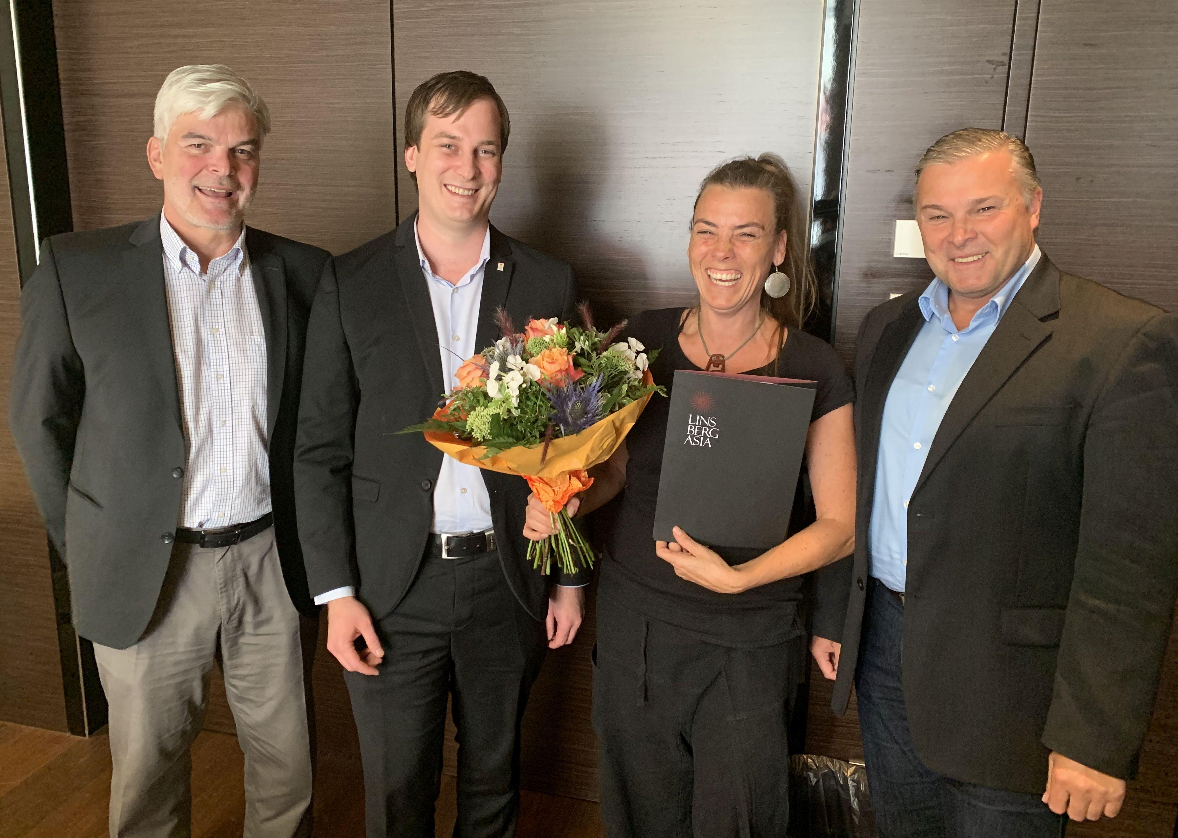 Asia Resort Linsberg dankt Kosmetikerin Claudia Arrich