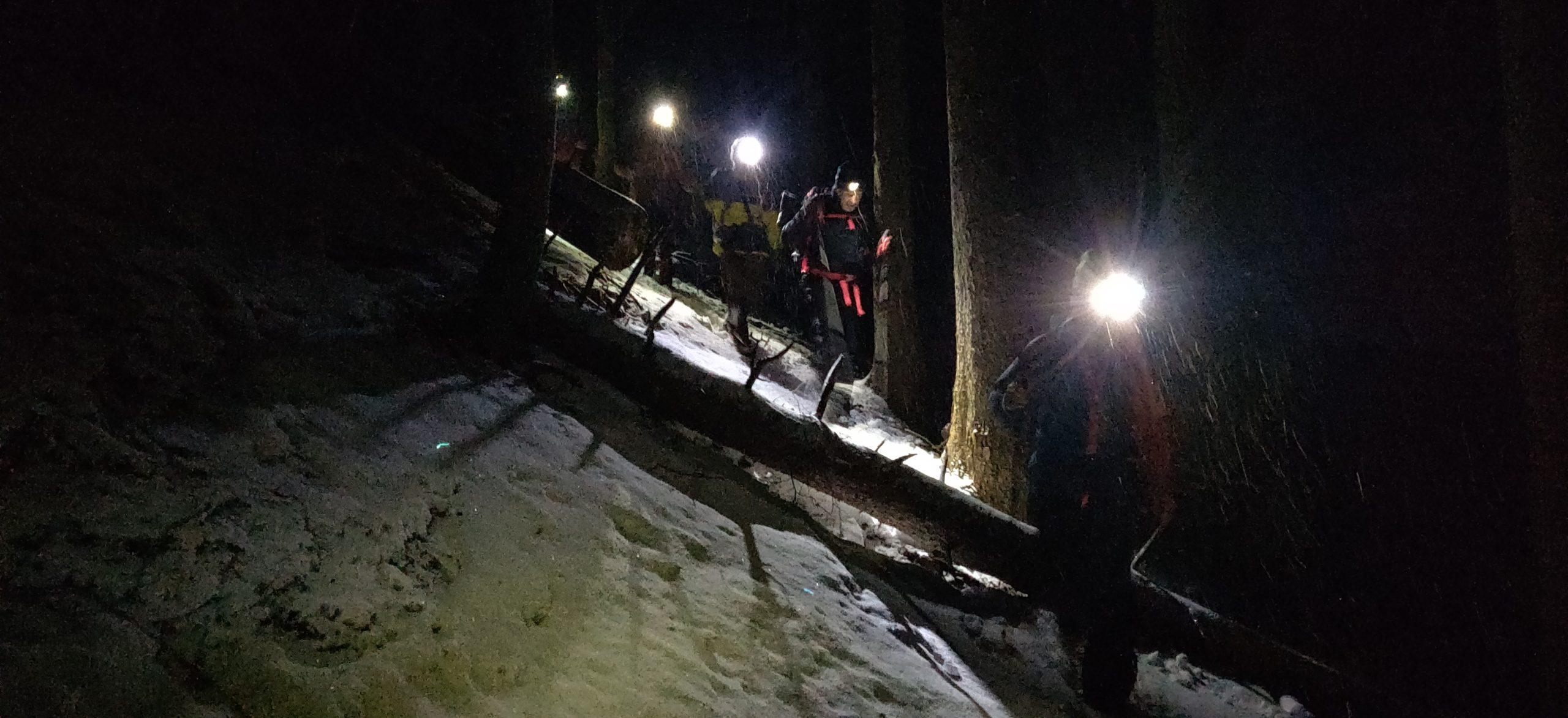 Schwieriger Nachteinsatz im Krumbachgraben