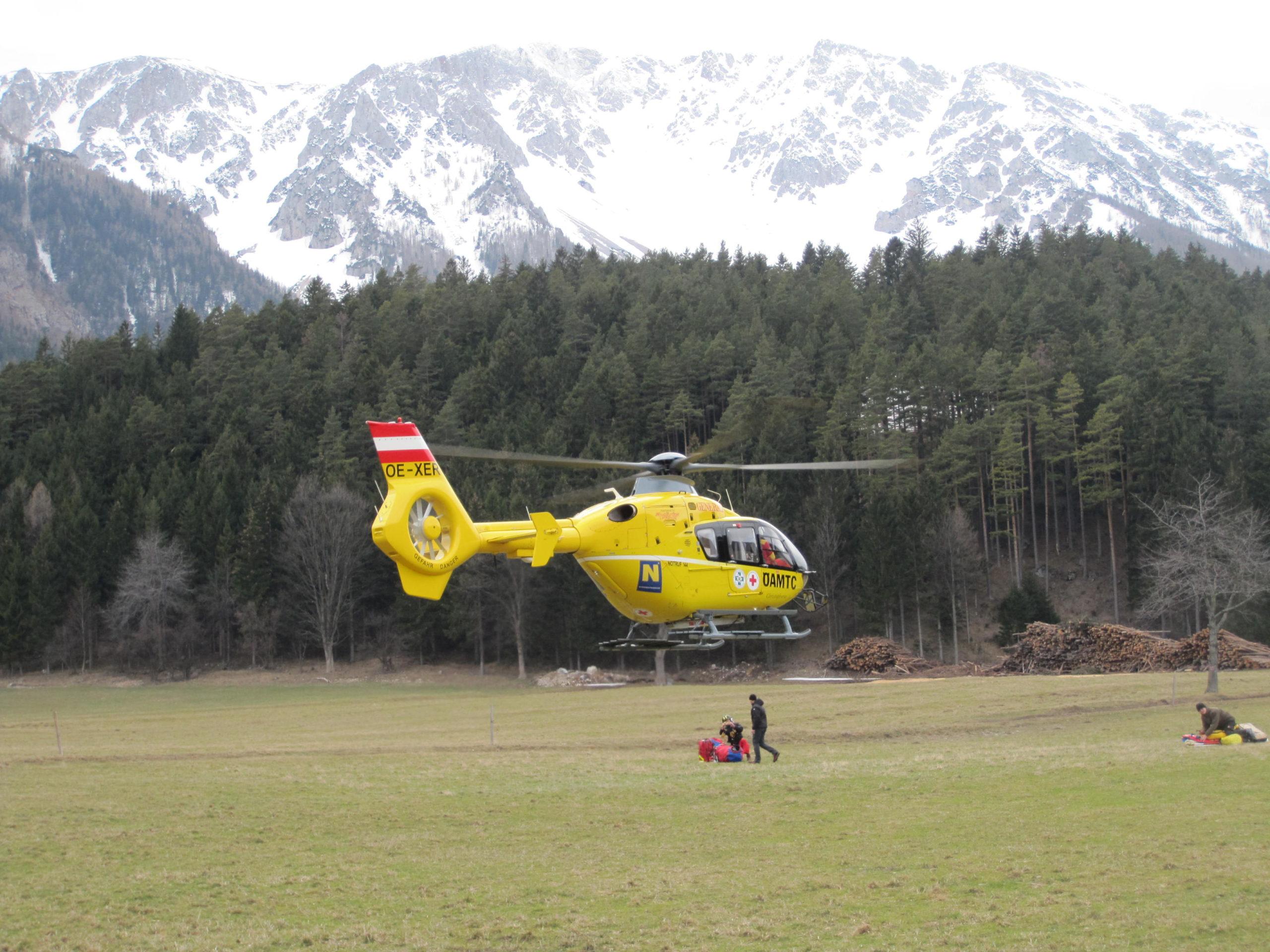 Badener Tourist stürzte am Schneeberg 60 Meter über Eisrinne