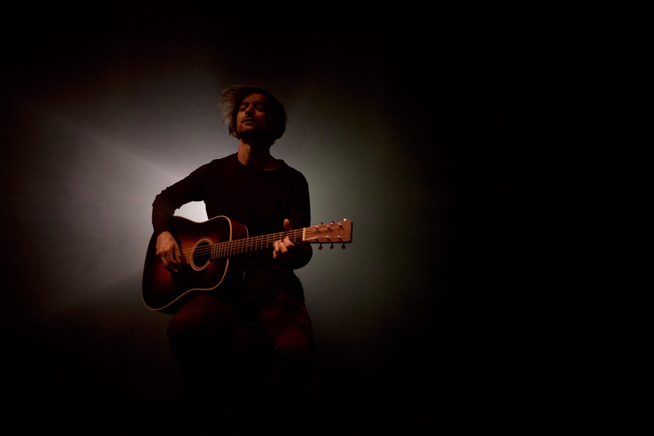 HHANOI aus Tirol vertont auf seinem neuen Album 'No Time For Idle Cares' acht Gedichte von Edgar Allen Poe